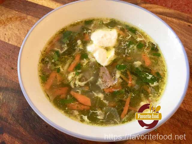 Суп со щавелем с яйцом